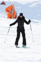 Madonna spotted skiing in Gstaad, Switzerland - December 2013 (4)