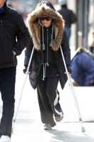 Madonna out and about on crutches in New York - 17 January 2014 (4)