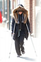Madonna out and about on crutches in New York - 17 January 2014 (6)