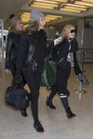 Madonna spotted at JFK Airport, New York - 23 January 2014 (7)