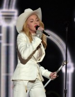 Madonna performs at the 56th annual Grammy Awards with Macklemore (13)
