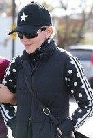 Madonna out and about Los Angeles - 27 January 2014 (1)