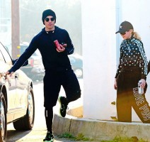 Madonna and Timor Steffens working out in Los Angeles - 29 January 2013 - Pictures (5)