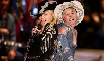 "Madonna and Miley Cyrus perform ""Don't Tell me/Can't Stop"" Duet - Pictures and video (6)"