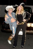 "Madonna and Miley Cyrus perform ""Don't Tell me/Can't Stop"" Duet - Pictures and video (10)"