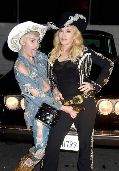 Madonna And Miley Cyrus Perform Quot Don T Tell Me We Can T