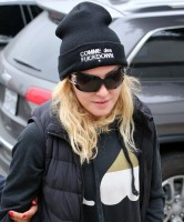 Madonna out and about in Los Angeles - Gym - 30 January 2014 (4)
