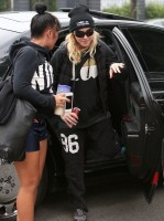 Madonna out and about in Los Angeles - Gym - 30 January 2014 (7)