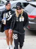 Madonna out and about in Los Angeles - Gym - 30 January 2014 (8)