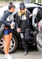 Madonna out and about in Los Angeles - Gym - 30 January 2014 (9)