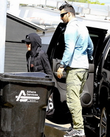 Madonna out and about in Los Angeles - 5 March 2014 - Pictures (2)