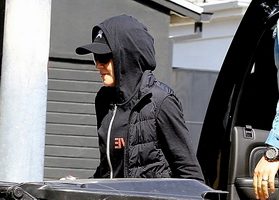 Madonna out and about in Los Angeles - 5 March 2014 - Pictures (4)