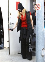 Madonna out and about in Los Angeles - 7 March 2014 (3)