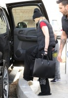 Madonna out and about in Los Angeles - 7 March 2014 (7)