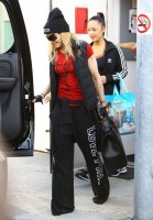 Madonna out and about in Los Angeles - 7 March 2014 (9)