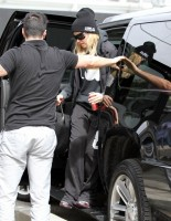 Madonna out and about in Los Angeles - 7 March 2014 (13)