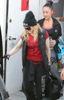 Madonna out and about in Los Angeles - 7 March 2014 (19)