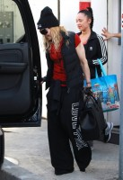 Madonna out and about in Los Angeles - 7 March 2014 (25)