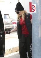 Madonna out and about in Los Angeles - 7 March 2014 (26)