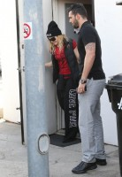 Madonna out and about in Los Angeles - 7 March 2014 (27)