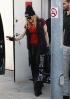 Madonna out and about in Los Angeles - 7 March 2014 (34)