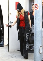 Madonna out and about in Los Angeles - 7 March 2014 (35)
