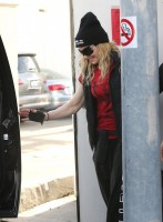 Madonna out and about in Los Angeles - 7 March 2014 (43)