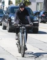 Madonna out and about in Los Angeles - 9 March 2014 (5)