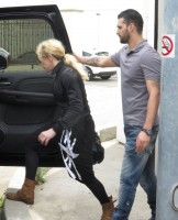 Madonna out and about in Los Angeles - 17 April 2014 (19)