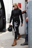 Madonna out and about in Los Angeles - 17 April 2014 (20)
