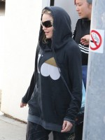 Madonna out and about in Los Angeles - 18 April 2014 (7)