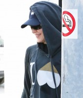 Madonna out and about in Los Angeles - 22 April 2014 (4)