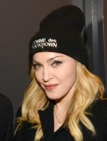 Madonna attends Amnesty International's Bringing Human Rights Home concert - 5 February 2014 (10)