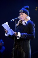 Madonna attends Amnesty International's Bringing Human Rights Home concert - 5 February 2014 (18)
