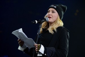 Madonna attends Amnesty International's Bringing Human Rights Home concert - 5 February 2014 (25)