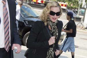 Madonna shows up for jury duty in New York - 7 July 2014 (3)