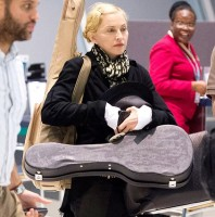 Madonna night flight New York to London (3)