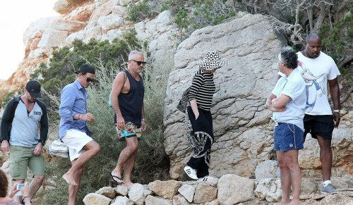 Madonna out and about in Ibiza - 20 August 2014 - Pictures (4)