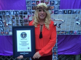 Largest Gathering of People Dressed as Madonna - Guinnes World Record (7)