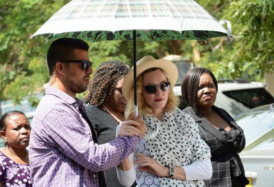 Madonna visits Queen Elizabeth Central Hospital in Blantyre, Malawi (3)