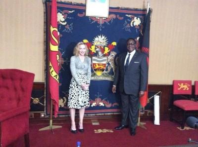Madonna meets Malawi's president Peter Mutharika - 28 November 2014 (7)