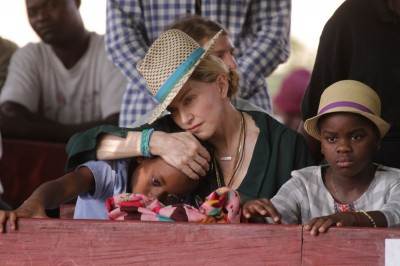 Madonna in Kasungu, Malawi - 30 November 2014 (3)
