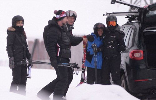 Madonna spotted skiing in Gstaad, Switzerland - 2 January 2015 (3)