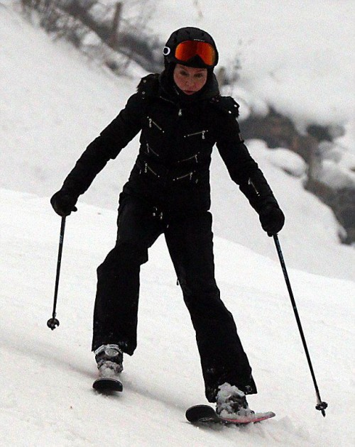 Madonna spotted skiing in Gstaad, Switzerland - 2 January 2015 (6)