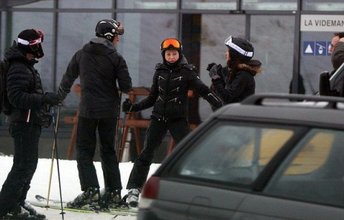 Madonna spotted skiing in Gstaad, Switzerland - 2 January 2015 (8)