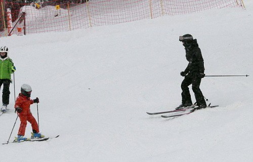 Madonna spotted skiing in Gstaad, Switzerland - December 2014 (5)