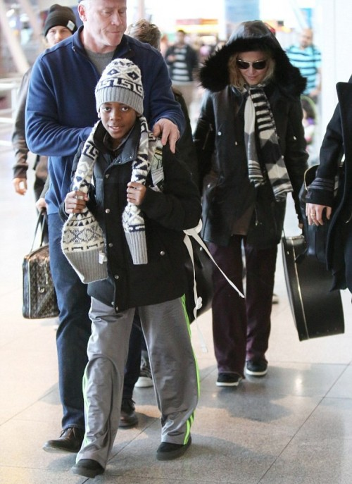 Madonna back in New York - 7 January 2014 - Pictures (2)