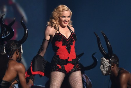 Madonna attends the 2015 Grammy Awards - Performance (3)