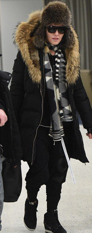 Madonna at JFK Airport, New York - 21 February 2015 - Pictures 04