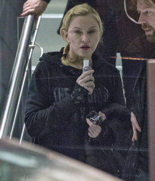 Madonna leaves rehearsals at the O2, London - 22 February 2015 - Pictures (4)